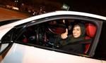 Phụ nữ Ả Rập Saudi ăn mừng ngày chính thức được cho lái xe