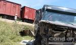 Tài xế xe tải bị tàu hỏa tông văng có thể phải bồi thường tiền tỷ
