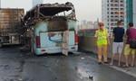 Xe khách tông xe container rồi cháy dữ dội, 6 người thương vong