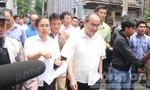 Bí thư Thành ủy TP.HCM thăm nơi ở của người dân Thủ Thiêm