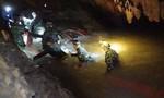 Tìm thấy HLV và 12 cầu thủ nhí mất tích trong hang động ở Thái Lan