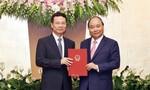 Thủ tướng trao quyết định quyền Bộ trưởng TT-TT cho ông Nguyễn Mạnh Hùng