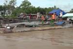 Hút trộm cát sông để san lấp mặt bằng công trình
