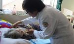 Bác sĩ Sài Gòn vận động để cụ có tiền phẫu thuật, thoát cửa tử