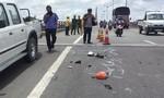 Xe tải tông xe máy trên cầu Cần Thơ, hai mẹ con tử nạn