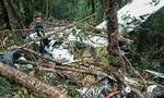 Máy bay chở 9 người rơi, chỉ cậu bé 12 tuổi sống sót