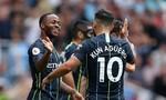 Arsenal gục ngã trước Man City