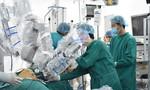 Người đàn ông bị ung thư được 'đại phẫu' thành công bằng robot