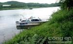 Phát hiện thi thể người nước ngoài nổi trên sông