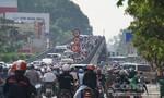 Sáng thứ 2 đầu tuần cửa ngõ Sài Gòn kẹt cứng