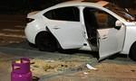 Đập phá nhiều ôtô, xe máy sau khi bị đuổi khỏi quán bar