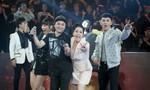Nghệ sĩ Việt dừng quay, mừng chiến thắng của Olympic Việt Nam