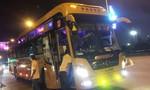 Nhóm thanh niên đi xe 16 chỗ chặn đầu tấn công xe khách