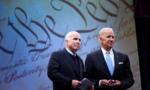 Cựu phó tổng thống Mỹ Joe Biden tiễn đưa John McCain