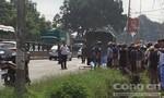 Xe công vụ chở phạm nhân va chạm xe máy, một người tử vong