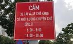 """TP.HCM: Rối vì biển báo giao thông """"chưa theo kịp"""" quyết định cấm xe tải"""