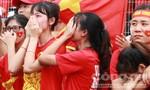 CĐV bật khóc khi Olympic Việt Nam vuột huy chương lịch sử