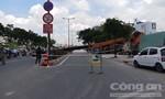 Cần cẩu đổ sập ra đại lộ ở Sài Gòn, nhiều người thoát chết