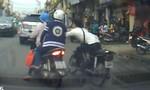 Người đàn ông ở Sài Gòn trình báo bị cướp giật hơn 2 tỷ đồng