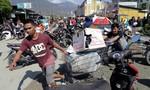 Sau thảm họa kép ở Indonesia, nạn 'hôi của' xuất hiện tràn lan