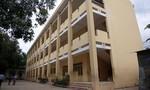 Tường ở trường học rơi khiến nữ sinh lớp 9 gãy hai chân