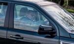"""Chồng của Nữ hoàng Elizabeth II bị cảnh sát """"hỏi thăm"""""""