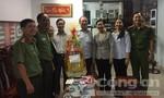 Trung tướng Lê Đông Phong thăm, chúc Tết gia đình chính sách