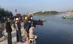 Ô tô lao xuống sông, 3 người trong gia đình mất tích