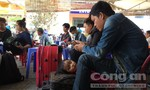 Hành khách vạ vật tại ga Biên Hoà vì sự cố tàu hỏa