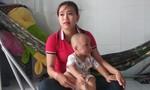 Bé trai 19 tháng tuổi bị bảo mẫu tát phải nhập viện