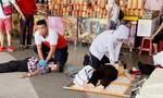 Chen lấn giành đồ ăn miễn phí, hai người thiệt mạng