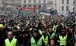 """Phong trào """"áo khoác vàng"""" tiếp tục gây sức ép lên chính phủ"""