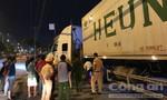 Thanh niên về quê mệt mỏi nằm ven đường, bị xe container cán chết