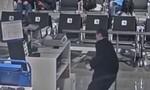 Clip cảnh sát khống chế người đàn ông đập phá sân bay