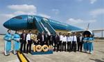 Chiếc máy bay thứ 100 gia nhập đội bay Vietnam Airlines