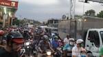 Cầu Phú Cường ùn tắc kinh hoàng vì tai nạn chết người