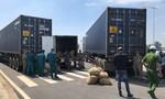 Bắt gọn băng trộm hạt điều nhập khẩu