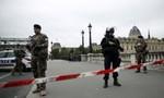 Đâm dao tại đồn cảnh sát Pháp, 9 người thương vong
