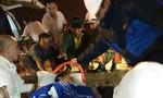 Cứu nạn thuyền viên dập nát 2 chân trên biển đưa vào bờ an toàn