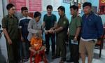 Công an góp tiền giúp bé trai 26 tháng tuổi đi lạc