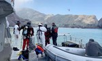 New Zealand cử thợ lặn mò hai thi thể dưới biển do núi lửa phun