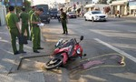 Trên đường đi làm, nam công nhân va chạm với xe tải tử vong