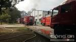 Xe bồn chở hóa chất phát nổ rồi cháy ngùn ngụt