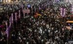 Dân Hong Kong tiếp tục xuống đường biểu tình