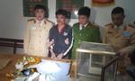 Chặn 2 kg ma túy đá trên đường từ Nghệ An vào Sài Gòn