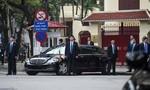 Chủ tịch Kim Jong-un đến thăm Đại sứ quán Triều Tiên