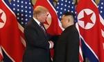 Hai ông Trump – Kim bắt tay tại Hà Nội, thượng đỉnh Mỹ - Triều bắt đầu