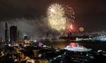 Hoành tráng màn pháo hoa từ sông Sài Gòn và tòa nhà cao nhất nước