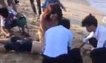 Tắm biển ngày Tết, 4 học sinh tử vong, 2 em mất tích
