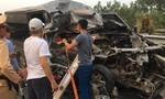 Đầu xe Limousine nát bét sau cú tông container, 4 người thương vong